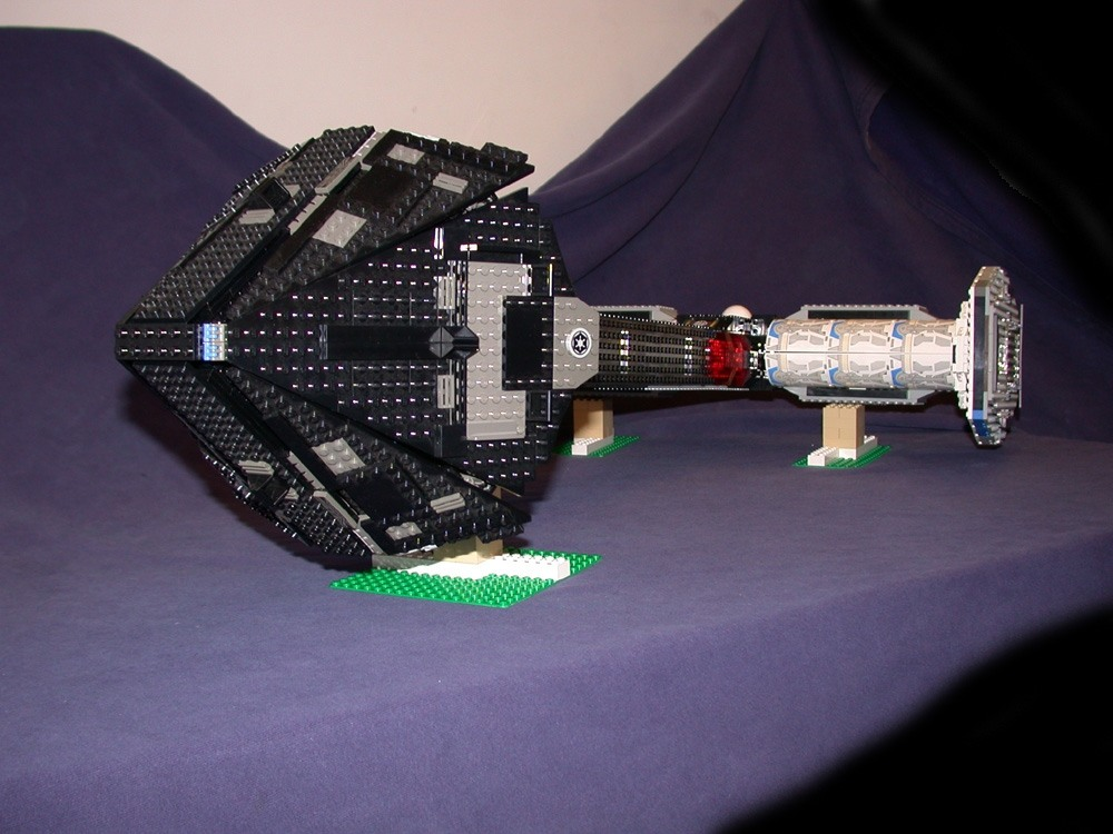 Top front 01 from LEGO Space Mother Ship GallaghersArt_top_front_01.jpg