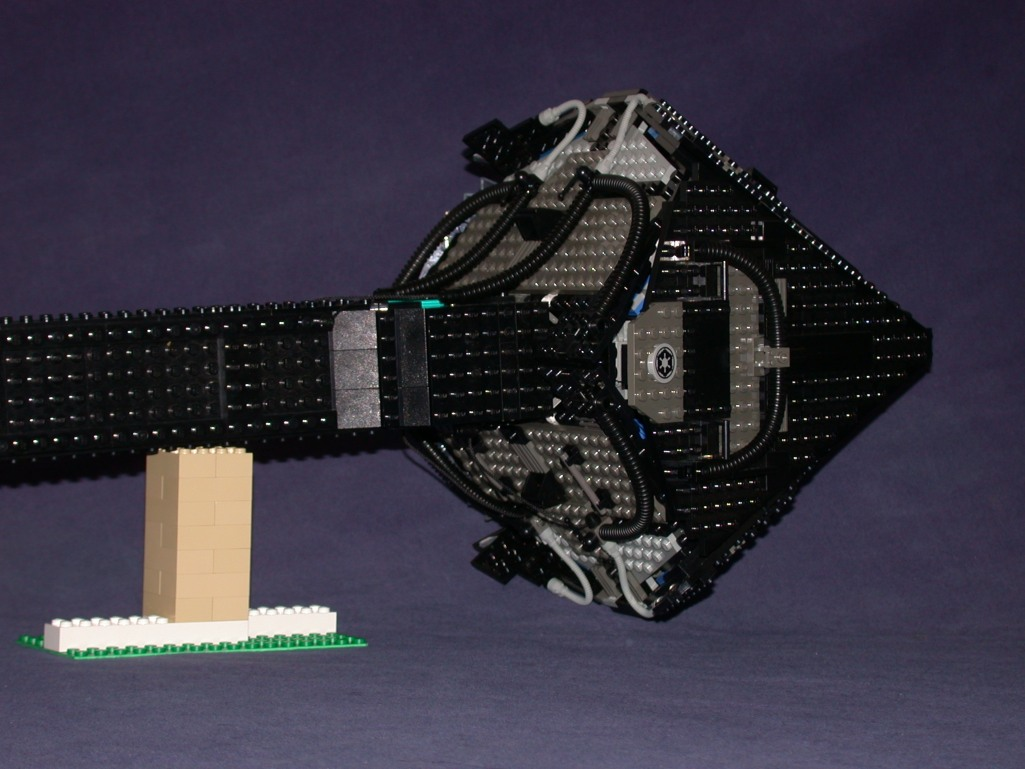 D under nose 03 from LEGO Space Mother Ship GallaghersArt_d_under_nose_03.jpg