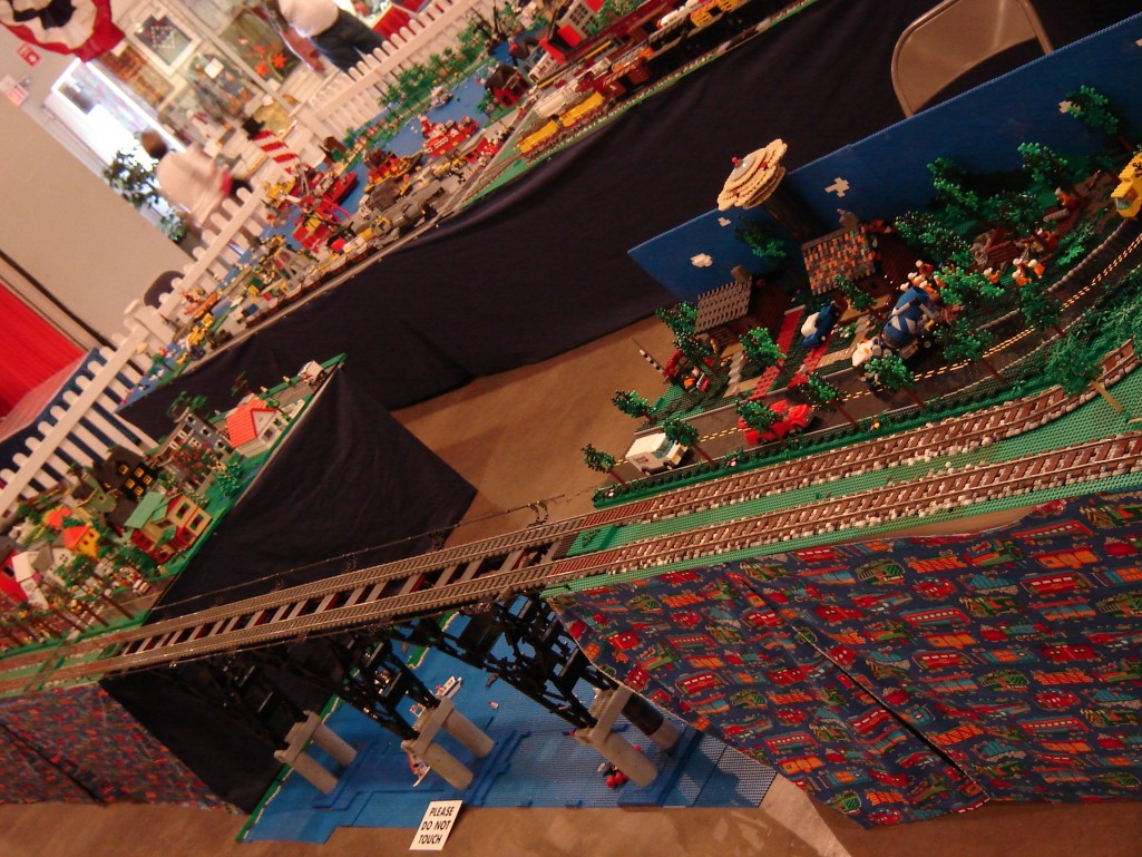 Dsc02525 from LEGO Bridge Ver 16 GallaghersArt_dsc02525.jpg