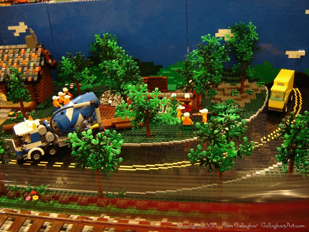 Dsc02546 1 from Ohio State Fair 2008 GallaghersArt_dsc02546_1.jpg - My part of the COLTC LEGO display. Vehicles made by other COLTC members