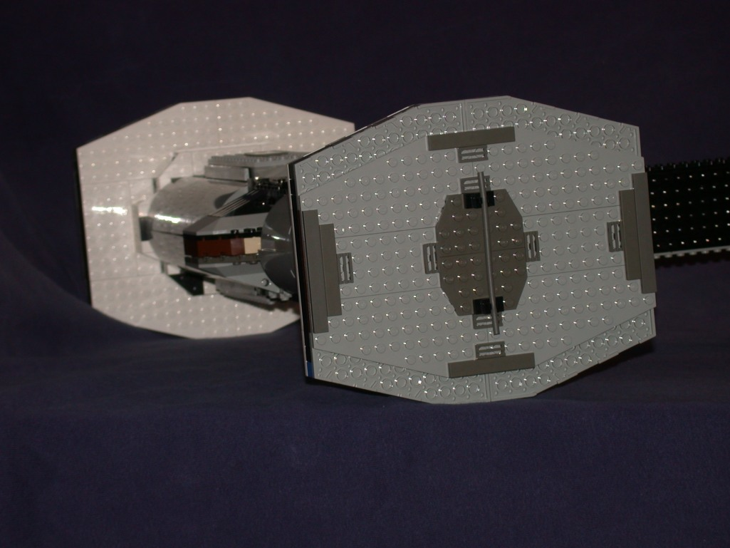 Rear side 01 from LEGO Space Mother Ship GallaghersArt_rear_side_01.jpg