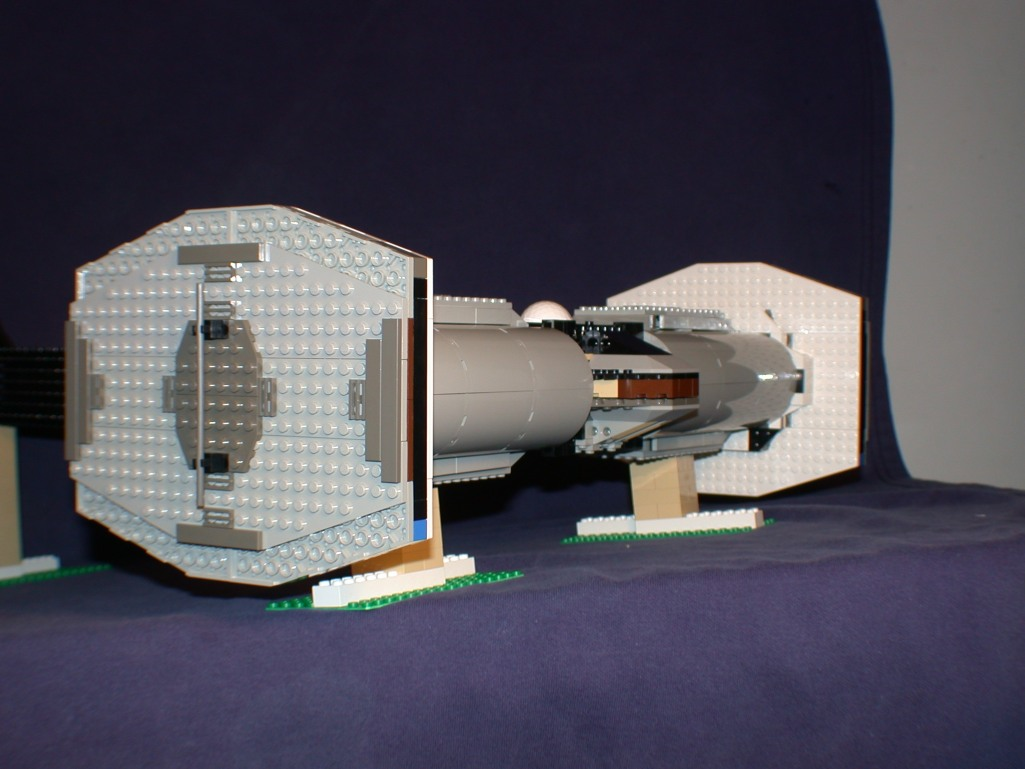 Rear side 02 from LEGO Space Mother Ship GallaghersArt_rear_side_02.jpg