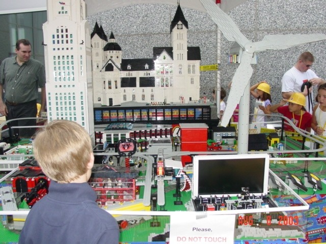 Dsc00494 from COLTC LEGO tour Display 2003 GallaghersArt_dsc00494.jpg