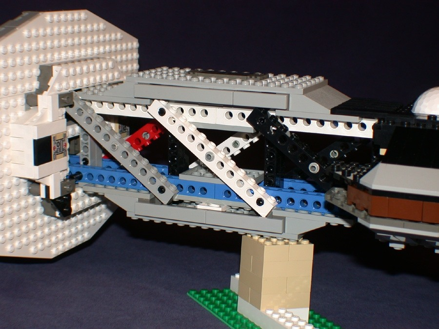 Dscn0752 from LEGO Space Mother Ship GallaghersArt_dscn0752.jpg