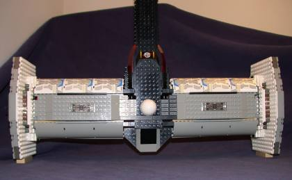 Top rear 01 from LEGO Space Mother Ship GallaghersArt_top_rear_01.jpg
