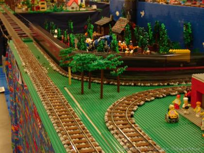 Dsc02550 1 from Ohio State Fair 2008 dsc02550_1.jpg - My part of the COLTC LEGO display. Vehicles made by other COLTC members