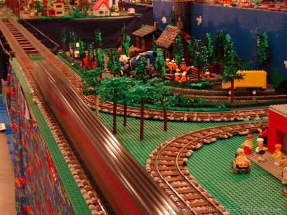 Dsc02552 1 from Ohio State Fair 2008 dsc02552_1.jpg - My part of the COLTC LEGO display. Vehicles made by other COLTC members