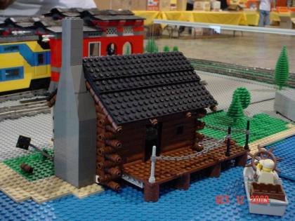 from LEGO Log Cabins logcabingatsoct03jb048.jpg