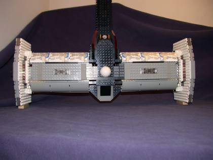 Top rear 03 from LEGO Space Mother Ship GallaghersArt_top_rear_03.jpg