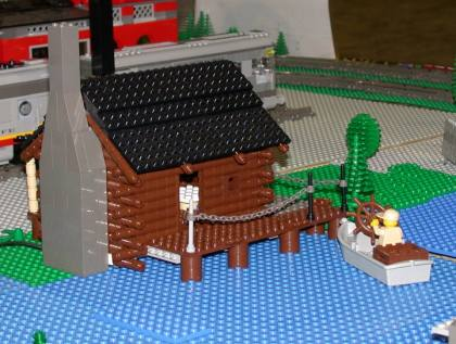 from LEGO Log Cabins logcabin412.jpg